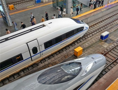 全国铁路将实行新的列车运行图